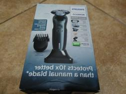 Philips Norelco Electric Shaver 6900 Wet & Dry S6810/82